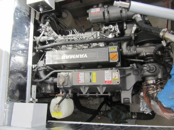 2004 31' TRAWLER MADE BY ACTIVA TWIN YANMAR DIESEL ENGINES GENSET AC