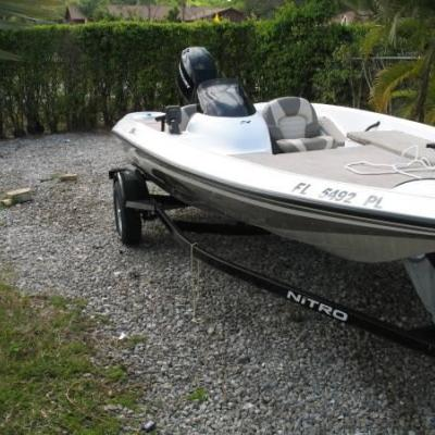 2006 Nitro 16FT 60 HP MERCURY EFI