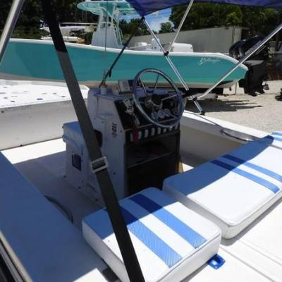 1988 18 ACTION CRAFT FLATS BOAT WITH 1996 135 MERCURY ENGINE