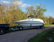 2004 Chaparral 240 signature 180 hrs only w/trailer